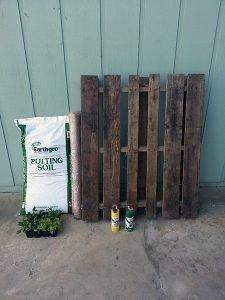 DIY Pallet Garden Materials