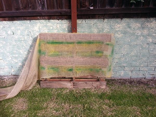 DIY Pallet Garden Stapling Burlap
