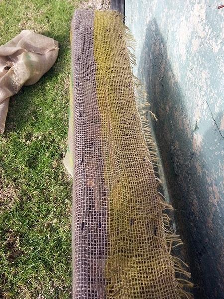 DIY Pallet Garden Stapling