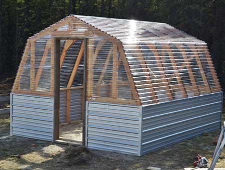Barn-Style Greenhouse