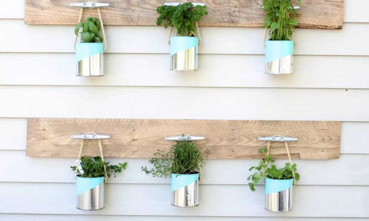 paint can planter