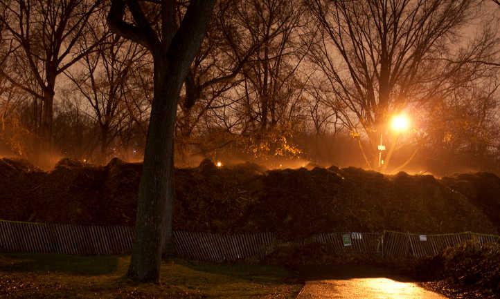 Mulch pile building up heat