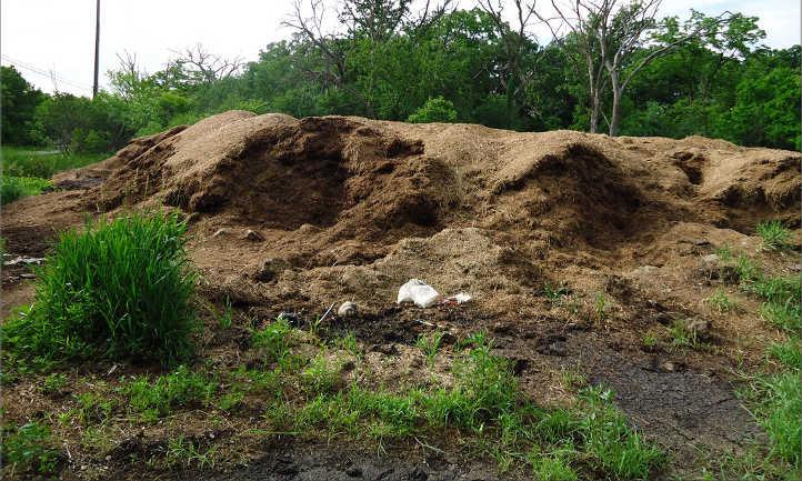 Horse manure composting