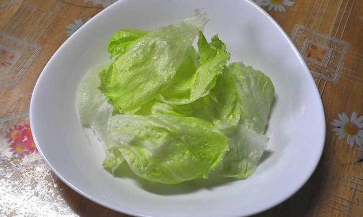 Harvested lettuce leaves